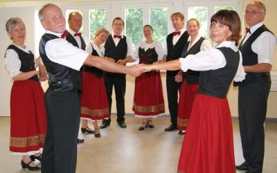 Russische und Deutsche Tänze bei Brandenburger Seniorenwoche
